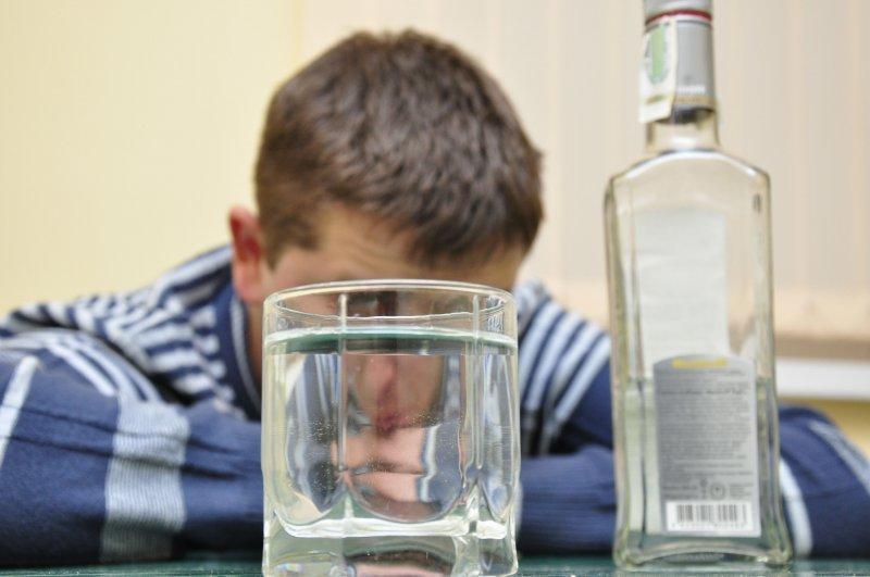 Горілка ледь не вбила: у Тернополі чоловік не розрахував свої можливості та перебрав з алкоголем