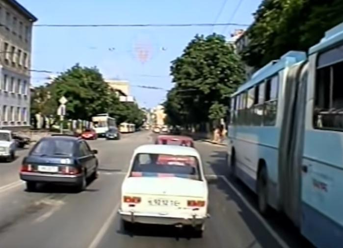 Мало машин та реклами: унікальні ретро-кадри Тернополя (ВІДЕО)