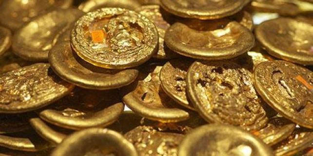 З бандеролі, надісланої з-за кордону жительці Тернопільщини, зникли три золоті монети на суму 24000 грн