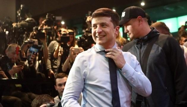 """""""Даю вам 24 години"""": Зеленський покликав Порошенка на дебати на Олімпійському (ВІДЕО)"""
