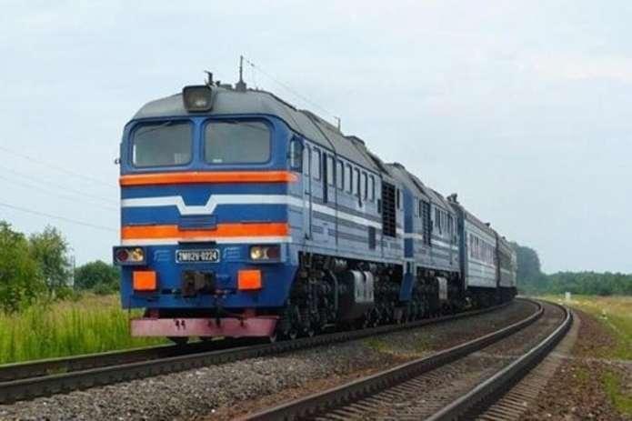 На Тернопільщині молода людина випала з потяга