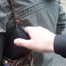 Троє жителів Закарпатської області пограбували на Тернопільщині чоловіка