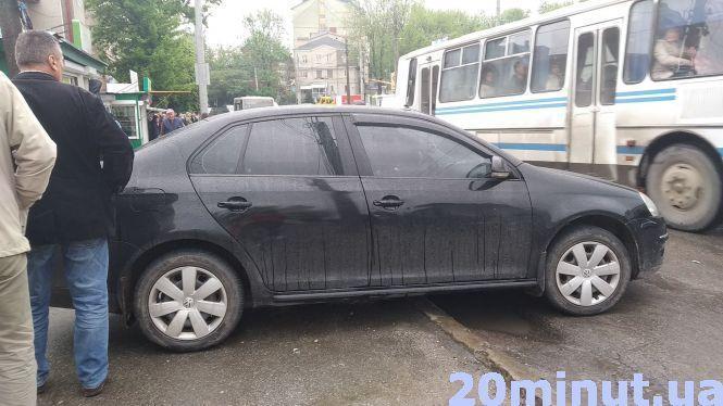У Тернополі під час руху помер водій автомобіля