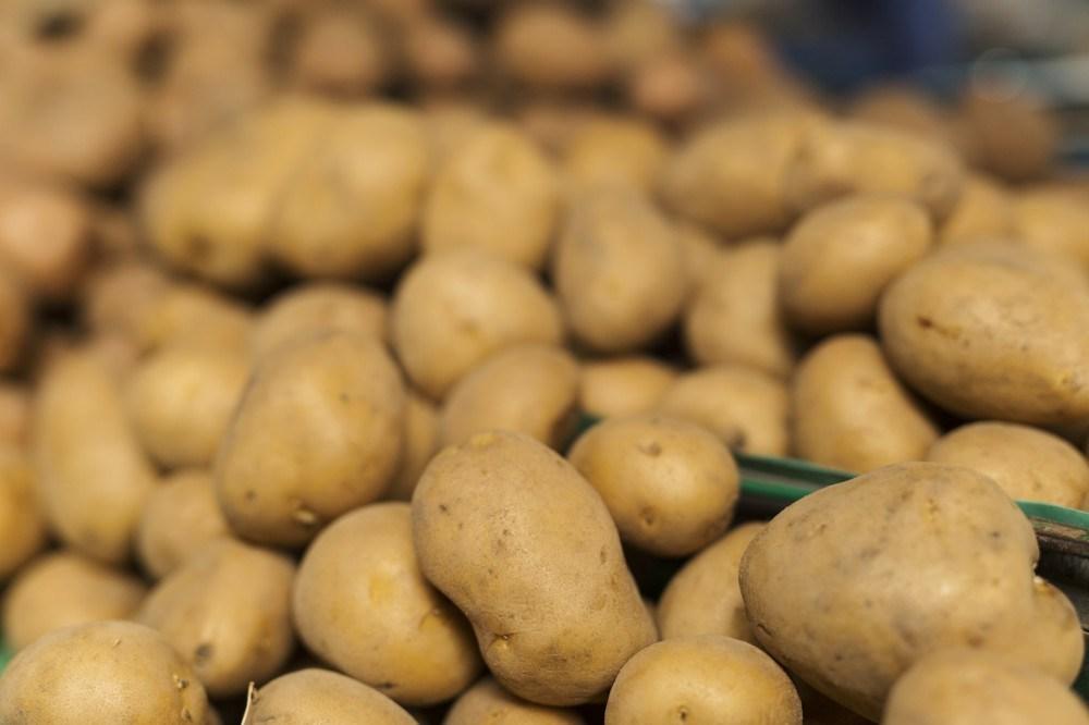 У Тернополі картопля з цибулею – на вагу золота