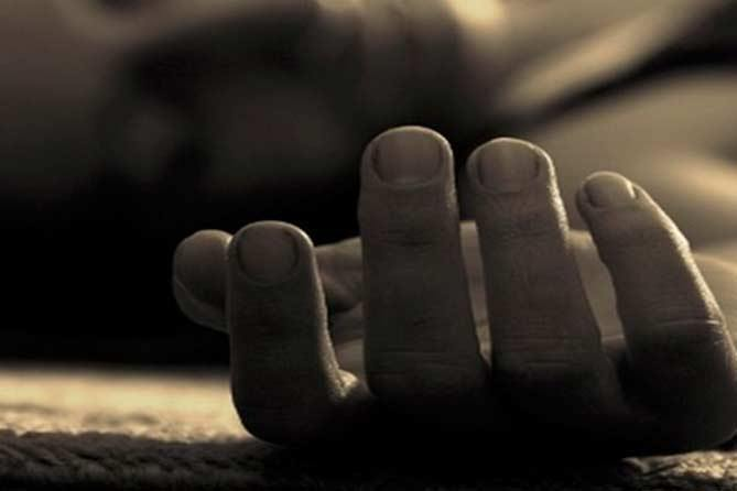 Сусіди відчули неприємний запах: у Тернополі в квартирі знайшли тіло людини