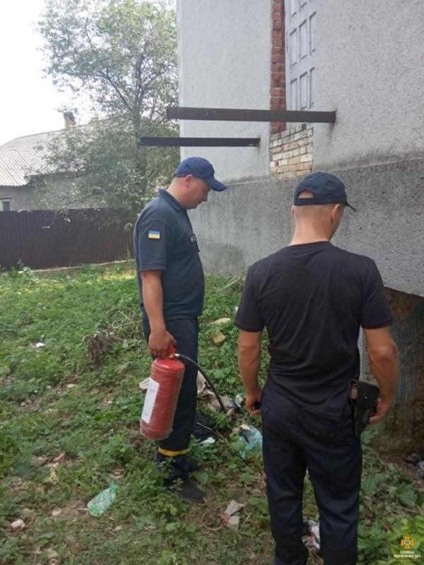 На Тернопільщині трапилася пожежа на виборчій дільниці