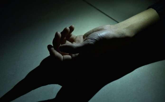 У Тернополі на дитмайданчику знайшли тіло чоловіка