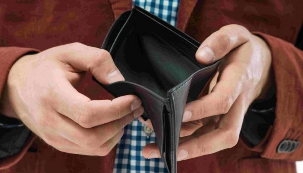 Поки молодий чоловік переодягався, то тернополянин викрав у нього гаманець із 9000 грн