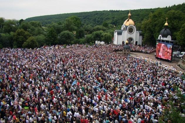 Готуються до найбільш масової прощі до Зарваниці: очікують понад сто тисяч людей