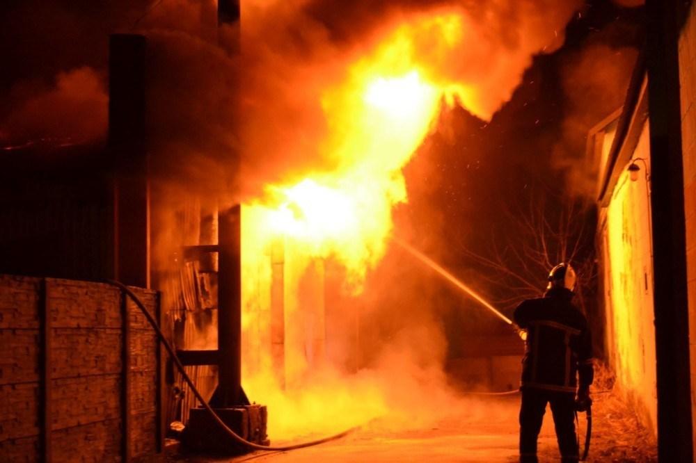 Необережне поводження з вогнем:  на Тернопільщині під час пожежі загинула людина