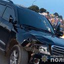 """Смертельна аварія у Тернополі: чорний """"Ленд Крузер"""" збив пішохода (ФОТО)"""