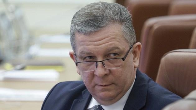 """""""Потрібно працювати, а не сидіти на субсидіях"""": Рева розповів, як боротися з бідністю в Україні"""
