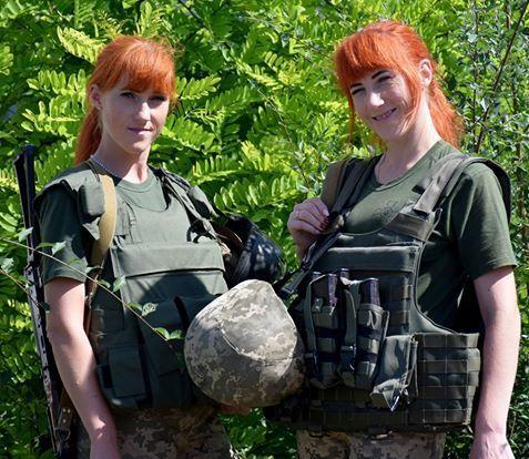 Як сетри-близнючки разом із чоловіками-близнюками з Тернополя пішли на війну (ФОТО)