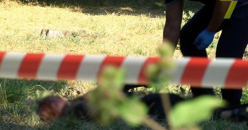 У полі на Тернопільщині знайшли труп чоловіка, якого водій маршрутки вночі вигнав з автобуса