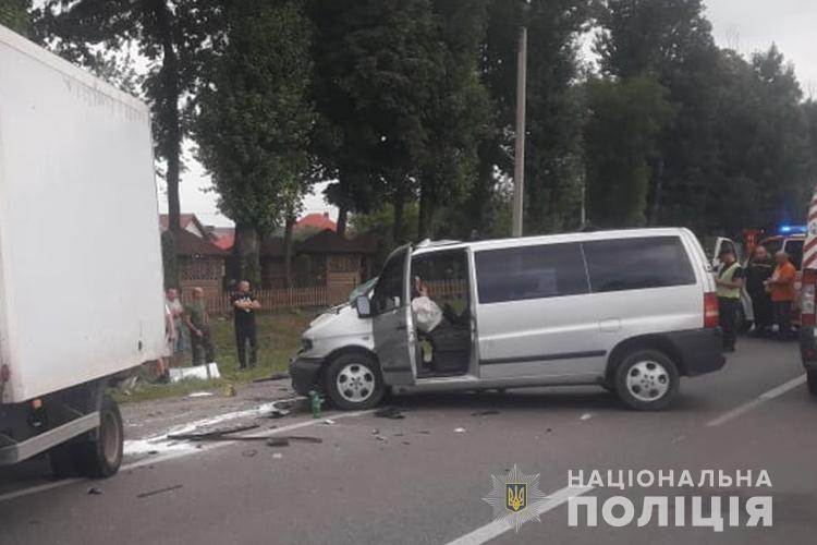 Житель Рівного загинув у масштабній  ДТП неподалік Тернополя