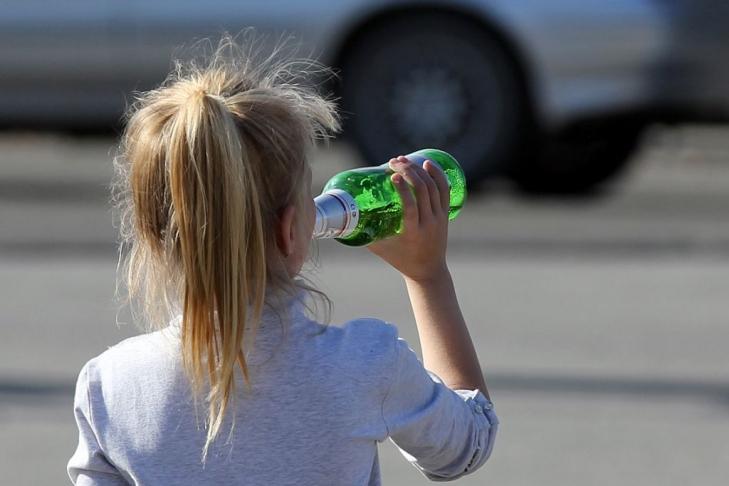 На Тернопільщині дитина ледве не померла від алкоголю