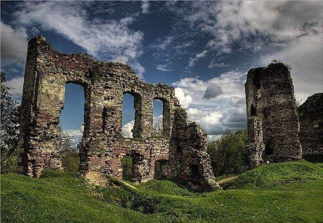 Бучацький Замок – тут заснували Українську державу