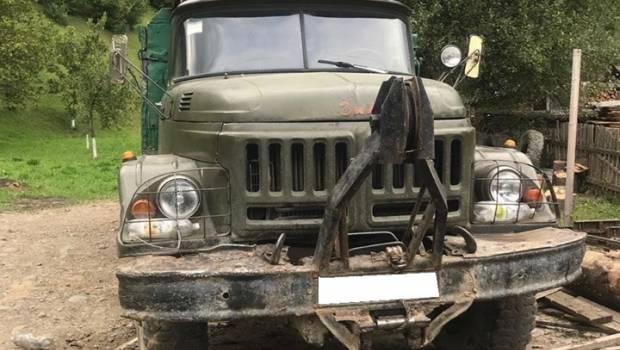 Смертельна пригода на Тернопільщині: вантажівка переїхала водія