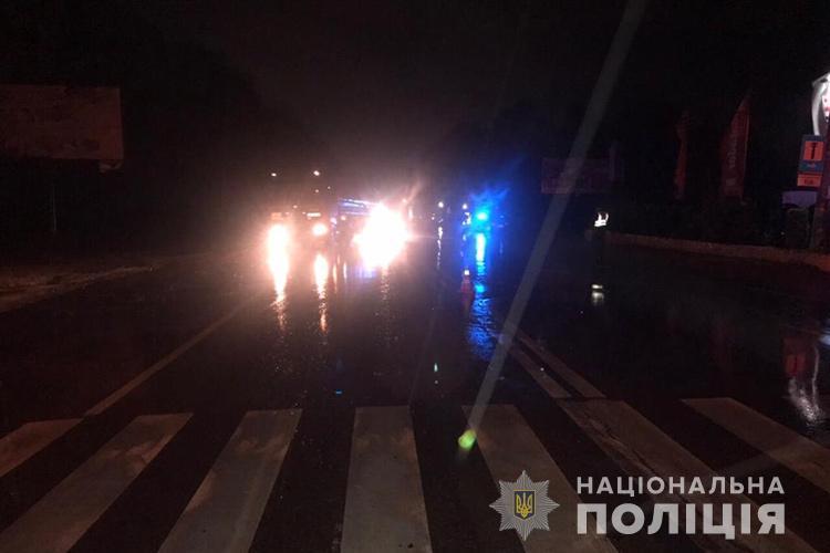 У Тернополі водій збив п'яного пішохода: потерпілий у реанімації (ФОТО)