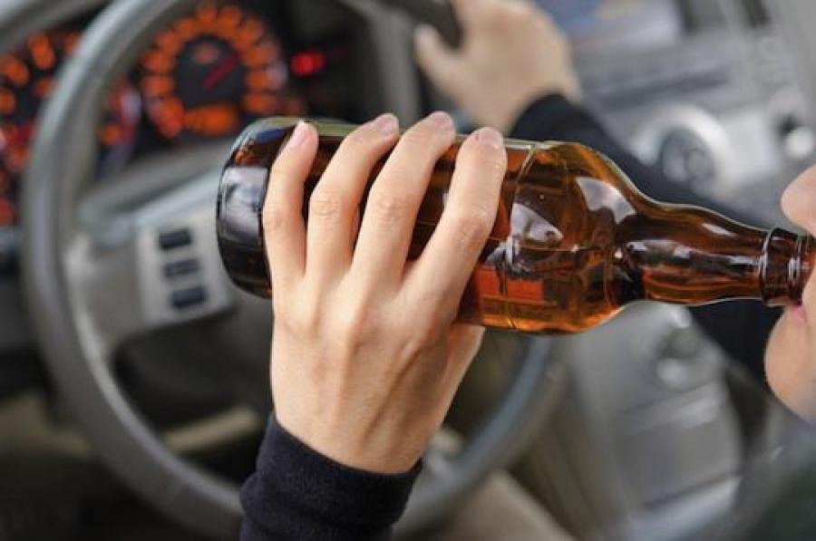 У Тернополі п'яний водій пропонував патрульному 10 тисяч гривень