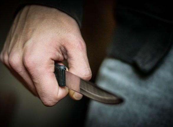 У Тернополі під час сварки чоловік ножем вдарив колишню дружину