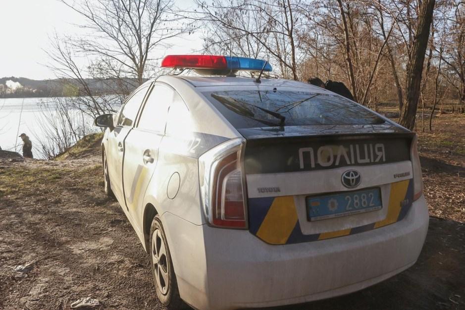 На Тернопільщині на городі виявили рештки людини