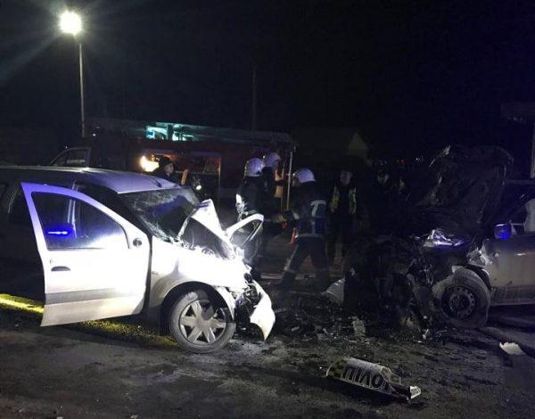 У Тернополі у ДТП загинув таксист: зіткнулися Dacia і Suzuki (ВІДЕО)
