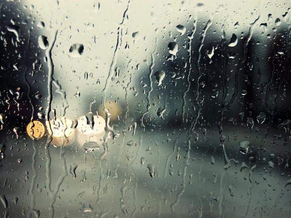 В Україні в неділю буде хмарно, на Заході очікуються дощі