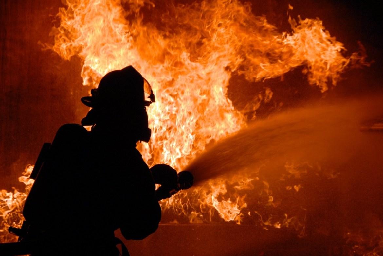 Пожежа на Тернопільщині забрала життя у двох людей
