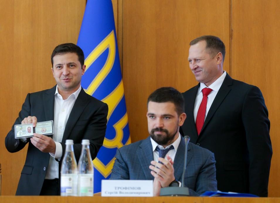 Зеленський вручив Сопелю посвідчення голови Тернопільської ОДА