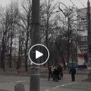 Люди просто кидаються під машини: на трьох вулицях Тернополя замінили режими світлофорів (ВІДЕО)