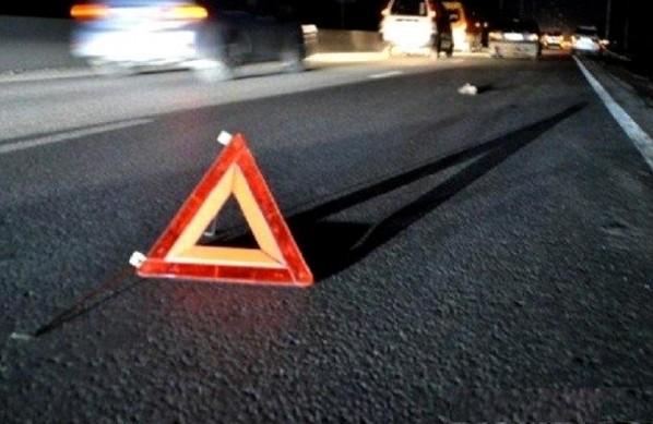 """На Тернопільщині водій на """"Лексусі"""" виїхав на зустрічну смугу і протаранив Daewoo"""