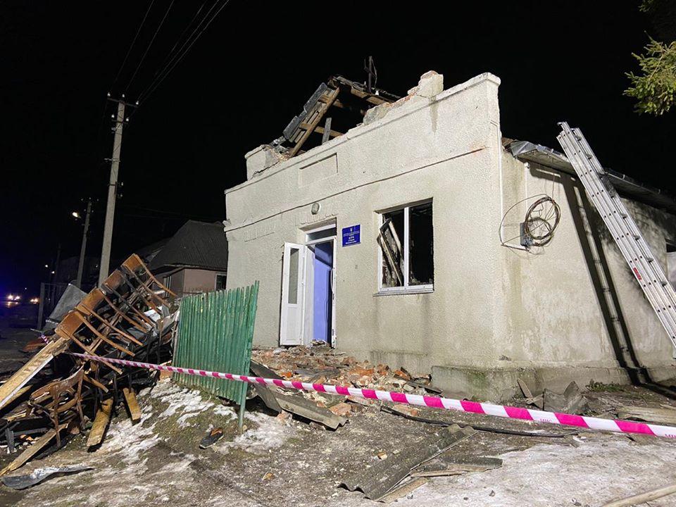 Нещастя на Тернопільщині: у клубі стався вибух, 8 дітей у реанімації