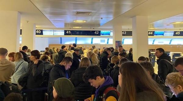 160 українців дві доби не можуть вилетіти з Італії (ФОТО)