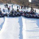 У Тернополі встановили рекорд: 67 людей одночасно спустились на сноутюбах з гірки (ФОТО, ВІДЕО)