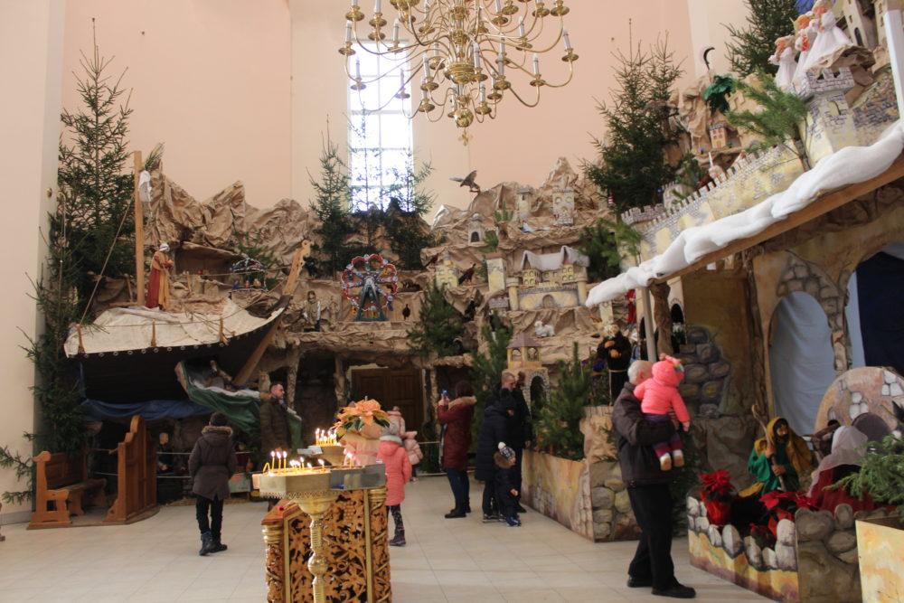 Найбільша шопка в Україні майже готова. Що у ній нового (ФОТО)