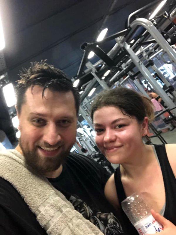 Героїня Майдану з Кременця показала з ким зі знаменитостей відвідує спортзал (ФОТО)