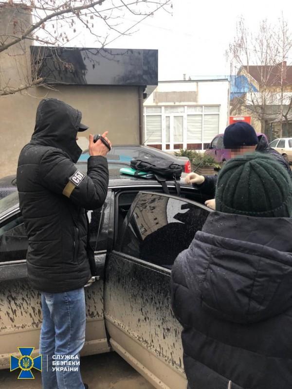 На Тернопільщині СБУ спіймала посадовця за вимагання хабаря (ФОТО)
