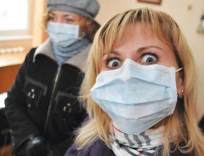 Жителі Тернопільщини уже почали одягати маски
