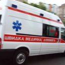 ДТП у Тернополі: зіткнулися автівка і маршрутка, постраждала невинна людина