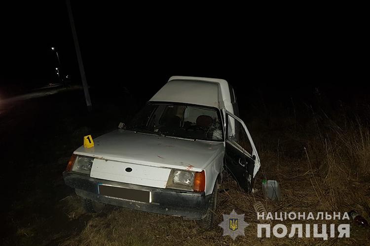 На Тернопільщині автомобіль Daewoo злетів у кювет і перекинувся (ФОТО)