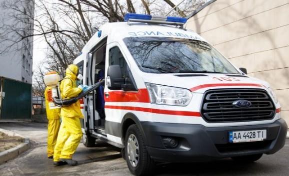 Зупинка транспорту, режим надзвичайної ситуації і закриття кордонів: як Україна живе на карантині