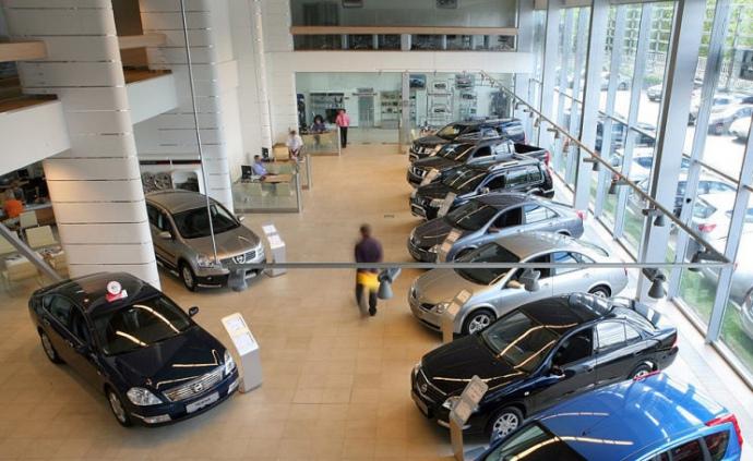 Продажі автомобілів в ЄС впали на 55%
