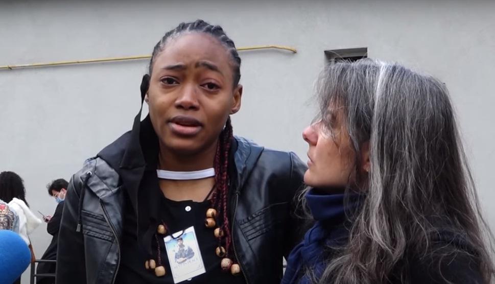 """""""Усе, чого ми хочемо – справедливості"""": показали відео з похорону вбитого у Тернополі африканського студента"""