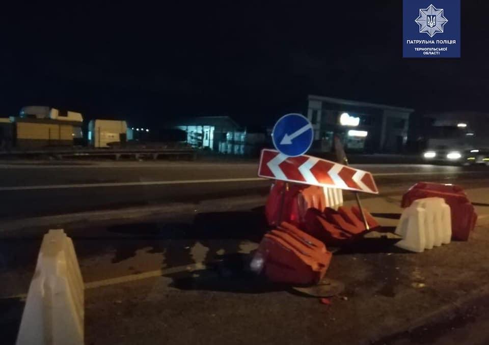 П'яний водій в'їхав у контрольно-пропускний пункт (ФОТО)