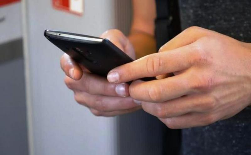 Мобільний шахрай за декілька хвилин заробив майже 40 тисяч гривень