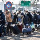 Знову на заробітки: українці почали масово штурмувати кордон з Польщею (ФОТО)