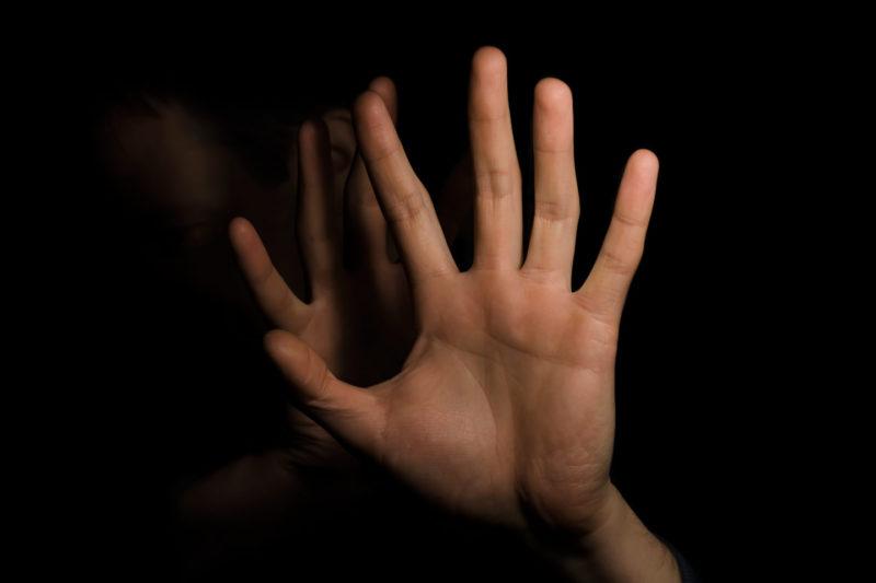 Насильство у сім'ї: на Тернопільщині судитимуть чоловіків, які знущалися із жінок