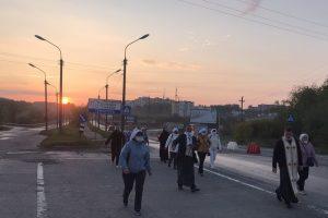 Матері з Тернополя здійснили пішу прощу до Зарваниці
