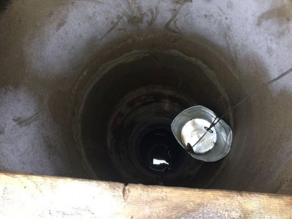 На Тернопільщині чоловік впав у 10-метровий колодязь